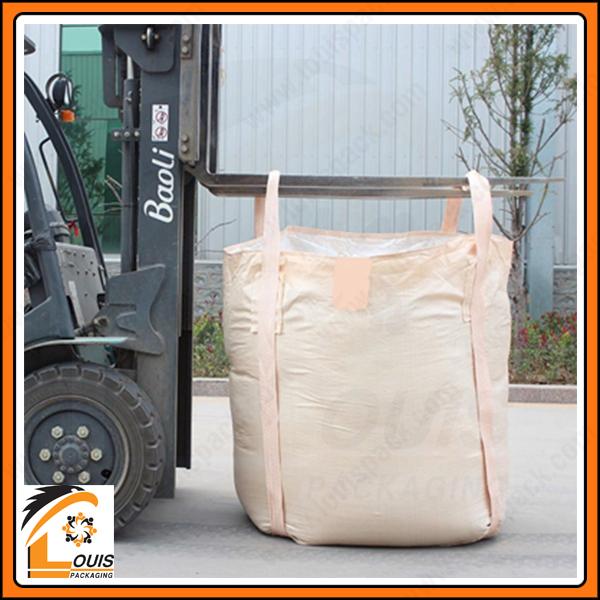 Bao jumbo đựng khoáng sản từ 1,5 – 2 tấn thường sử dụng quai choàng đáy để đảm bảo an toàn cao nhất