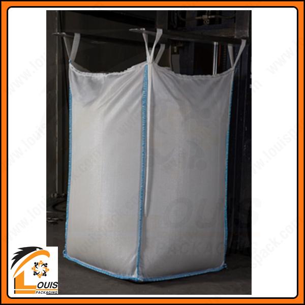 Bao jumbo chất lượng làm từ nhựa nguyên sinh thường có độ bóng cao, độ dãn dài tương đối lớn