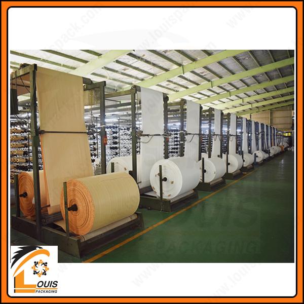 Manh PP dệt dạng ống tròn được xẻ đôi trước khi quấn cuộn để sản xuất bao jumbo vuông