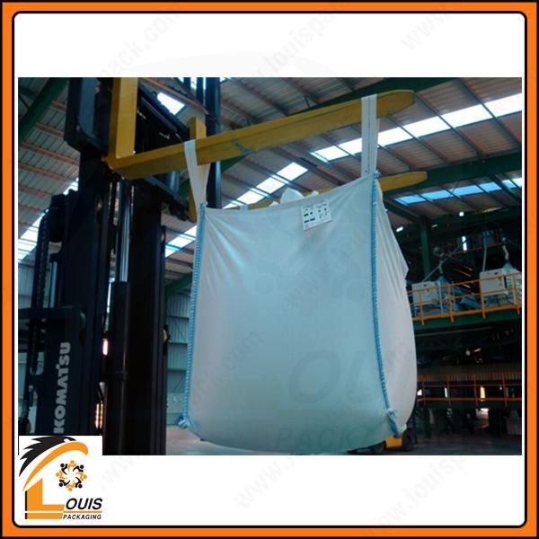 Bao jumbo thường dùng để đựng 1 tấn hoặc 1,5 tấn xi măng xuất khẩu